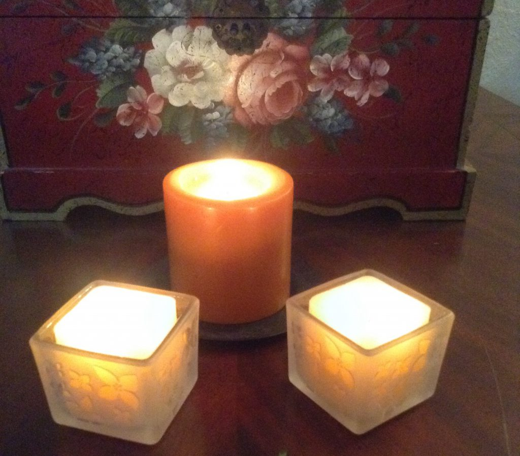 Candles and quiet equal peaceful solitude : create your illusion.
